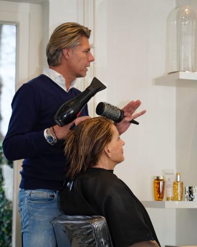 Rene_Expertsalon_is_een_Full_Service_Salon_in_Blaricum_en_Laren